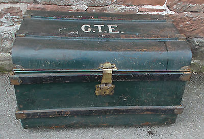 VINTAGE Metal TIN Travelling Trunk Chest STORAGE Box DECORATIVE Initialed GREEN