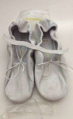 Bloch Leather Girls Ballet Slippers White Size 4B Dance Shoes  NIP