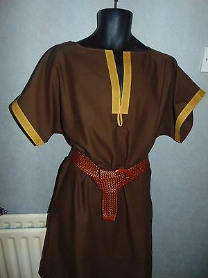 """Quality """"hand Crafted""""  Design Medieval/tudor Style Outfit Size M/l"""