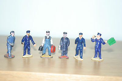 Hornby 0 guage - Number one Station staff set of 6 figures