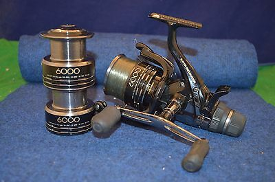 Shimano Super Baitrunner XTR 6000RA 4.6:1 8 Bearings With x2 Spare Spools RD6386
