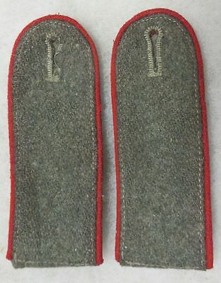 Pair WWII German Artillery Enlisted Shoulder Straps