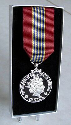 Canada Canadian Sovereign's Medal for Volunteers Full Size Replica Medal