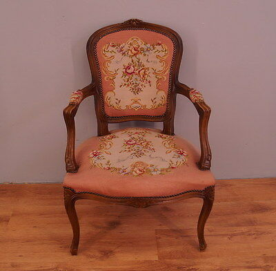 809 !! Impressive French  Armchair In Louis Xv Style !!