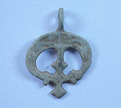 Medievil Viking Period Lunnar Moon-shaped Pendant