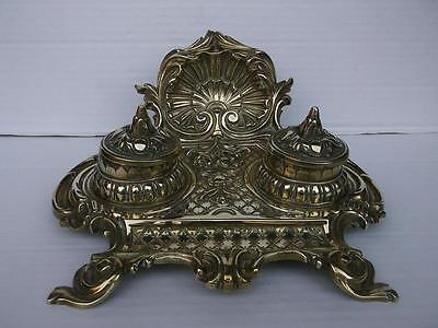 646 / FRENCH HIGHLY ORNATE ROCOCO STYLE ANTIQUE 1880,s BRASS DOUBLE INKWELL
