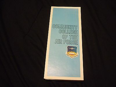 1975 COMMUNITY COLLEGE OF THE AIR FORCE Recruitment Brochure