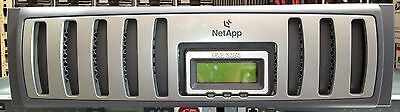 NetApp FAS3050 Filer System with 2x power supplies
