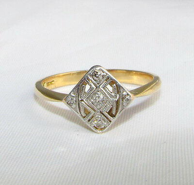 Old vintage 18ct gold diamond Art Deco ring size O 1/2