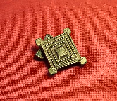 Ancient Roman Rhombus Fibula or Brooch, 3. Century