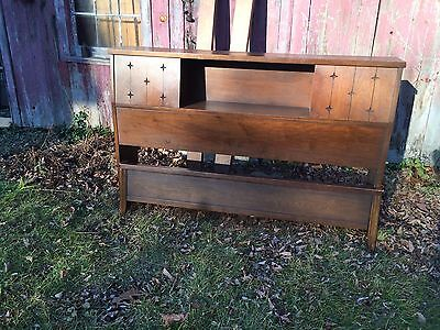 VINTAGE Mid Century Modern Walnut BOOKCASE HEADBOARD & FOOTBOARD DOUBLE FULL BED