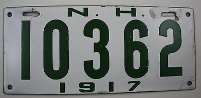 1917 NEW HAMPSHIRE NH Vintage Original License Plate ~ 10362 ~ PORCELAIN