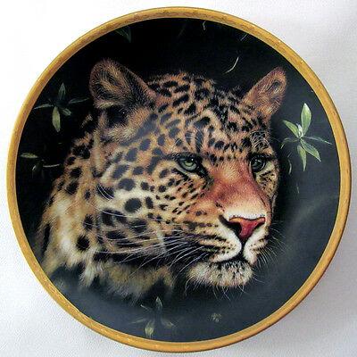CHINESE LEOPARD Plate artist Qua Big Cats of the World Collection Lenox
