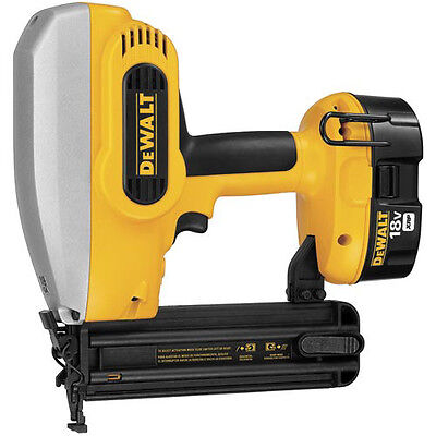 "DEWALT 18V XRP Cordless 18-Gauge 5/8"" - 2"" Brad Nailer Kit DC608K New"