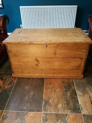 LARGE Antique Victorian Vintage Old Solid Pine Chest Trunk Blanket Box 1880