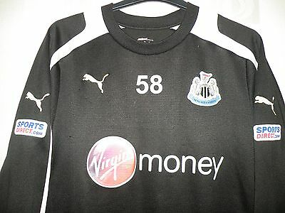 Puma Newcastle Utd Training58 sweatshirt 2012/13 size on tag uk Large approx 46""