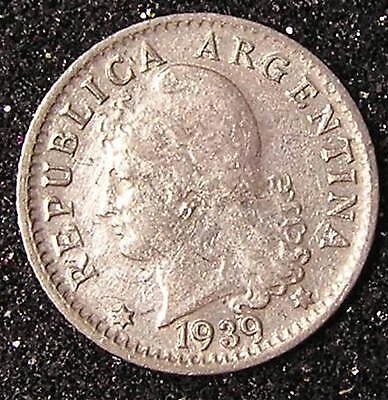 1-Coin from Argentina.  5-Centavos.  1939.