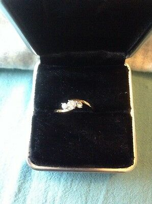 9ct yellow gold and diamond trilogy ring size m