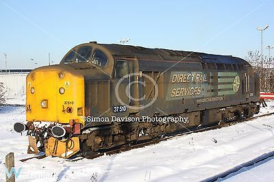 6x4 Photo DRS 37510 sitting in the snow at York