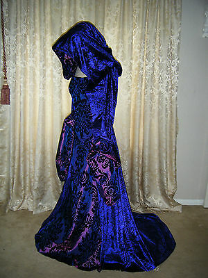Medieval Renaissance Halloween  Purple  Hooded X Long Train Gothic Gown