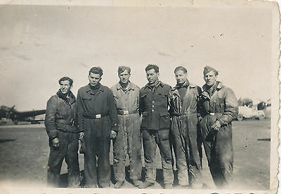 1940s WWII German aircraft photo #3 Ground Crew group