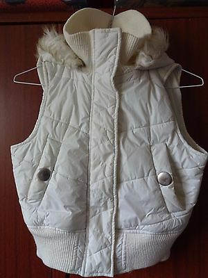 Miss Evie Ivory Bodywarmer with faux fur-Trimmed Hood. Age 8/9 yrs.