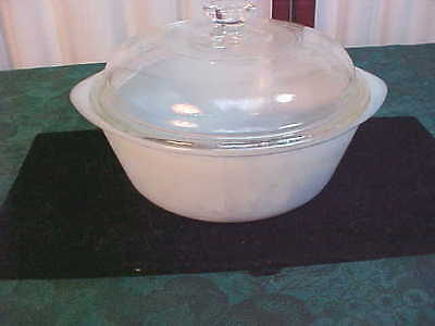 1 1/2qt Mid-Century GlasBake Cameo Double Handled Glass Casserole Serving Bowl