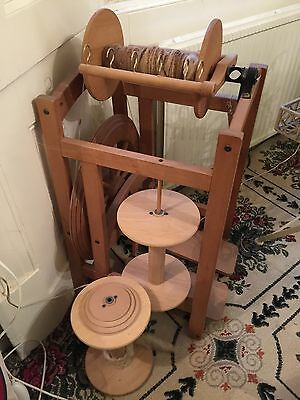 Ashfield Country Spinner  Spinning Wheel With 3 Bobbins