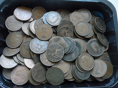 1.8 Kgs. Of Old English Pennies [5 Reigns].