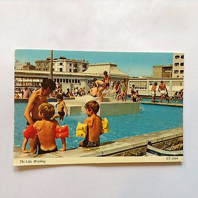 Postcard Worthing Sussex The Lido