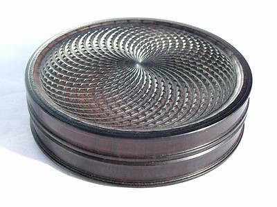"""EARLY 19th CENTURY 3.4"""" COMPOSITION SNUFF BOX WITH EYE CATCHING GEOMETRIC DESIGN"""