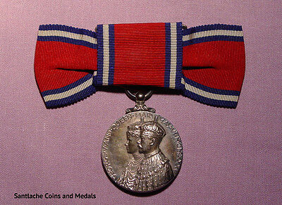 1935 OFFICIAL KING GEORGE V SILVER JUBILEE MEDAL - Ladies Ribbon