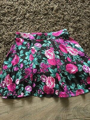 Girls Skirt Age 8-9