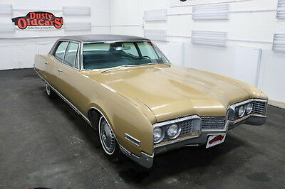 1967 Oldsmobile Ninety-Eight Runs Drives Body Int Good 425V8 3spd suto 1967 Gold Runs Drives Body Int Good 425V8 3spd suto!