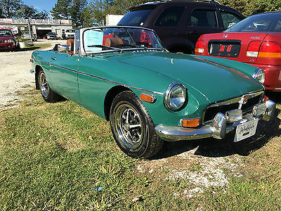 1974 MG MGB Soft top Convertible (Have aftermarket Hard-Top) 1974 MGB Convertible 4 speed Classic Fun European Sports Coupe LOW RESERVE