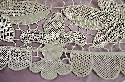 Vintge Handmade Needle Lace Runner Ss432