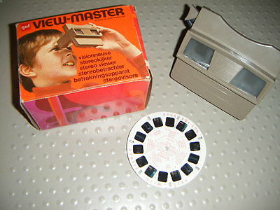 Boxed Vintage GAF View Master Viewer worth a look