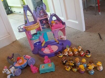 fisher price Little People disney princess castle, horse and carriage +21people