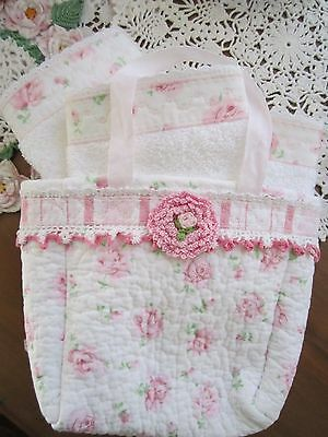 Darling! Tiny Quilted Tote w/ 3 washcloths~finger towels Perfect Gift 4 ur Bath