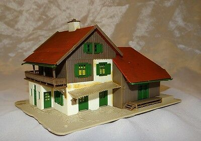 Alpine / Country Station With Large Goods Shed, Vollmer, N Gauge / Scale