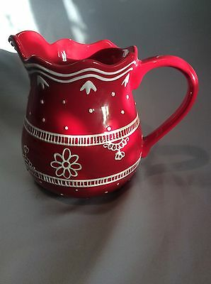 Harry and David 2007 RED AND WHITE Pitcher