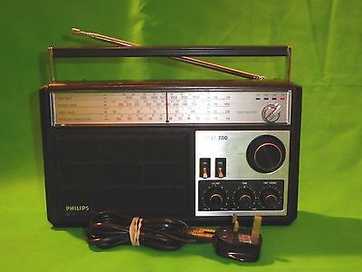 Vintage Retro Philips 780 4 Band Radio FM SW LW MW & Mains Lead Tested Working