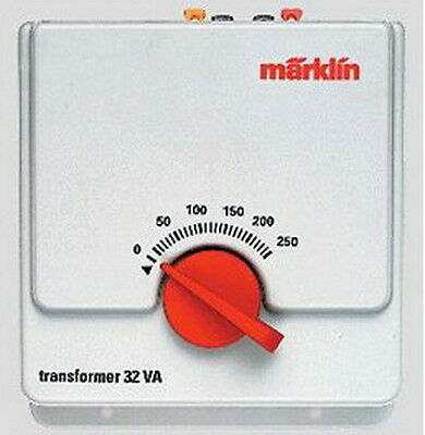 Marklin 6646 110V 32VA AC HO Powerpack / Transformer