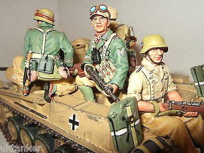 Rare King and Country AK049 4 Armed Afrika Korps Tank Riders in 1:30 Scale.