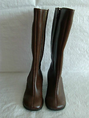 infants retro vintage boots from 1960s 1970s era fur lined in brown size 10