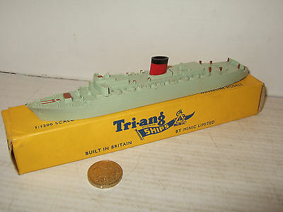 Vintage Rare Tri-ang Minic Waterline Ships M701 RMS Caronia in 1:1200 Scale