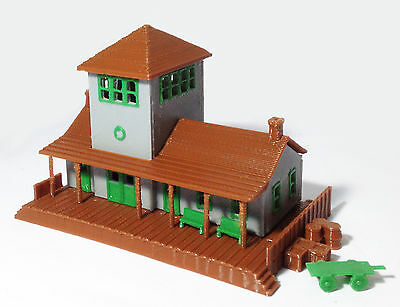 Outland Models Train Railway Layout Small Train Station / Depot N Scale 1:160