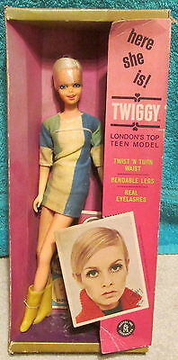 1960's Twiggy London's Top Teen Model Doll In Box~Not Sealed~ Storage Dinge