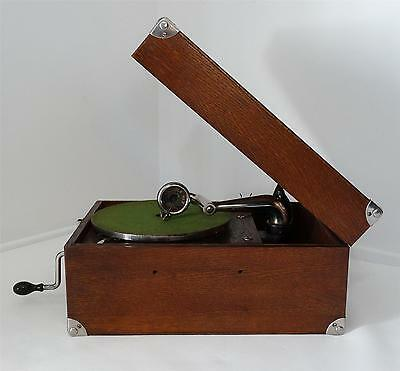 Antique 1922 Victor Victrola VV-50 Vintage Talking Machine Portable Phonograph