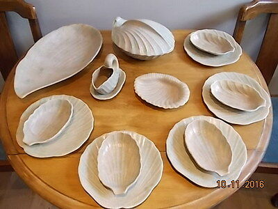 Vintage Art Deco Shorter and Son Shell pattern - 15 pieces incl tureen